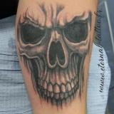 1-a-dark-skull-avant-bras
