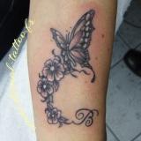 1-a-fleurs-papillon-initiale
